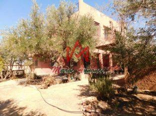 Maison de campagne à vendre à Sidi Abdellah Ghyat Marrakech