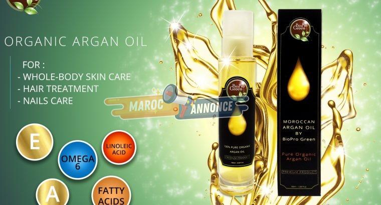 Huile d'argan 100% certifiée bio dans une bouteille en verre avec compte-gouttes